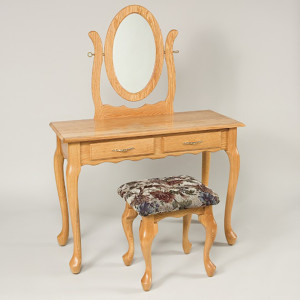 Queen Anne 2 Drawer Dressing Table