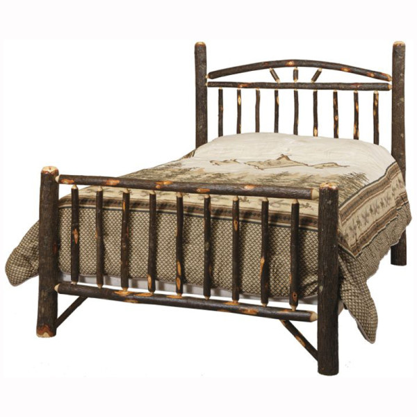 Rustic Wagon Wheel Bed Queen
