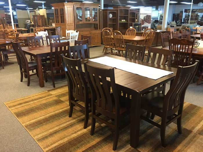 Make Memories With Family And Friends Around A Quality, Heirloom Dining  Room Table